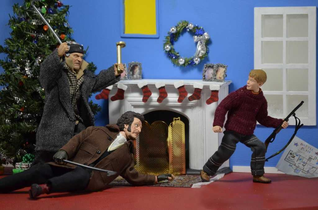 Home Alone Clothed Kevin Harry Marv Action Figures Full Set From Neca